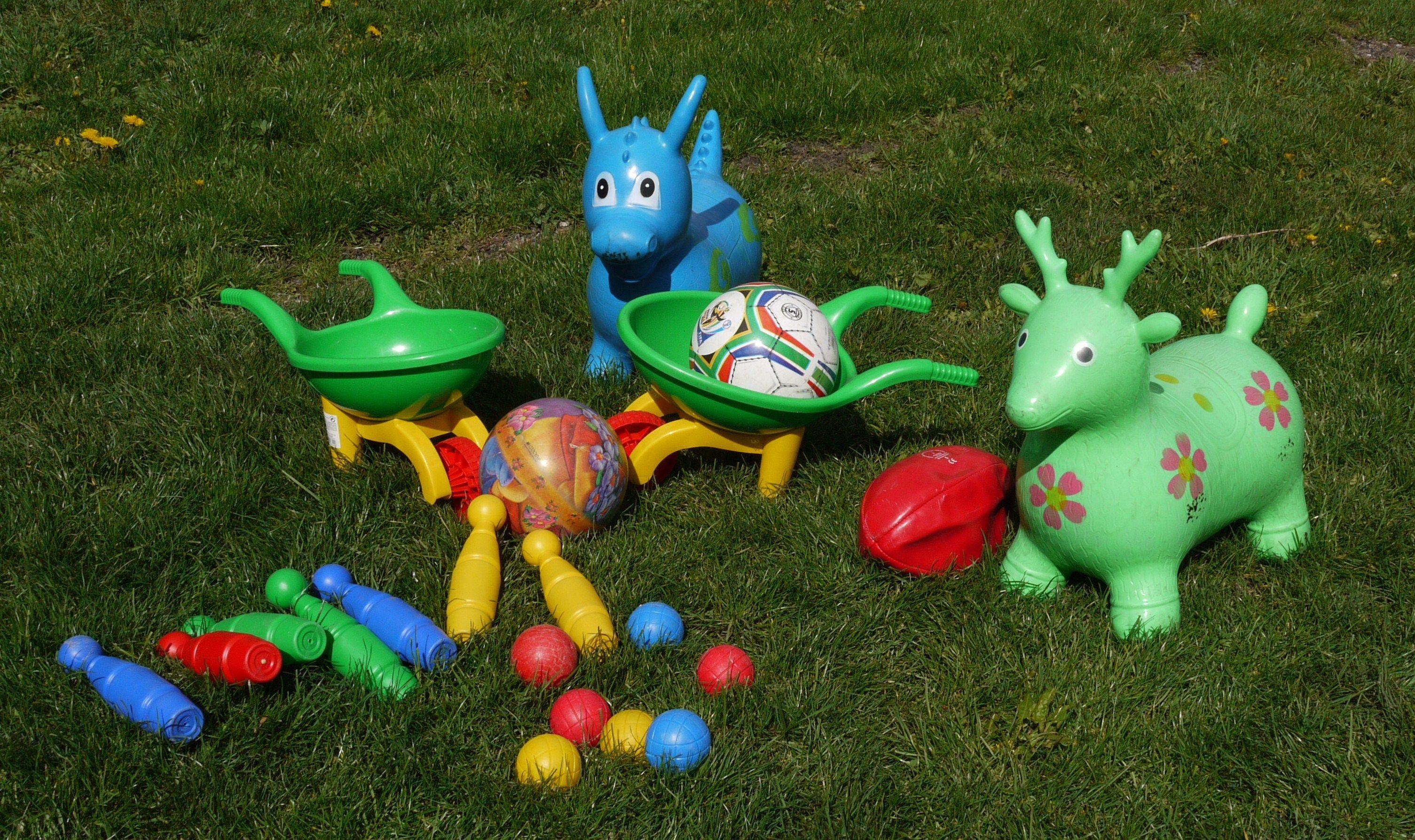 L2 quelques jouets d 39 ext rieur for Jouets exterieur